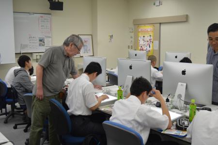 岡山県共生高校生徒よる吉備国際大学アニメーション文化学部の体験授業について