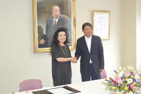 岡山県立津山東高校と連携協定を締結しました