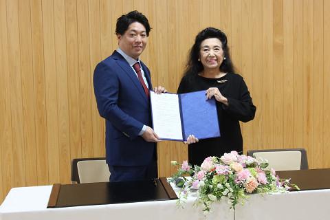 (株)ミツバファクトリー及び日本リラクゼーション業協同組合と教育提携協定を締結